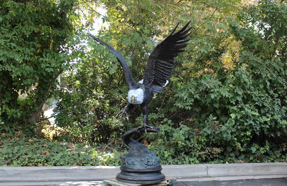 bronze flying eagle statue