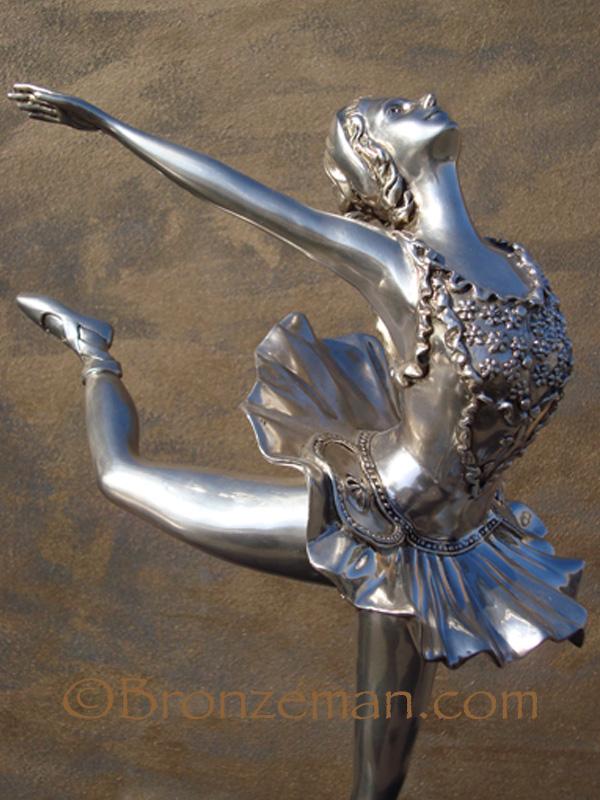 bronze ballarena statue