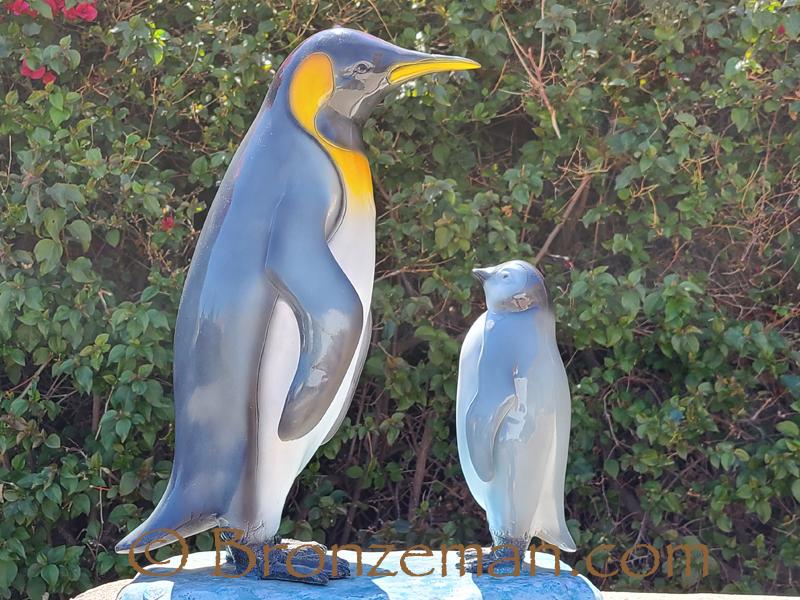 bronze mama and baby penguin